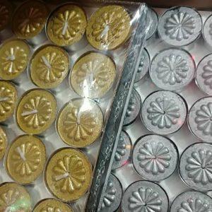 فروش آنلاین شمع وارمر طرح گل و در رنگبندی زرشکی نقره ایی و طلایی
