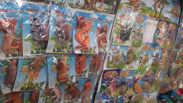 بزرگ شونده_پخش عمده اسباب بازی بزرگ شونده طرح حیوانات در سایت کاریشاپ