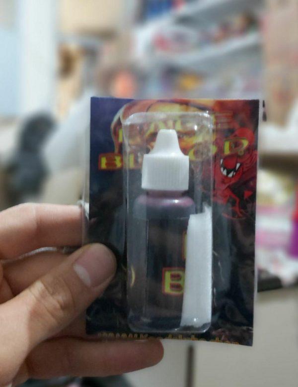 خرد و فروش عمده لوازم شوخی محصول خون مصنوعی در سایت کاریشاپ