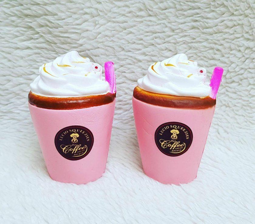 قیمت عمده لوازم ضد استرس انواع اسکویشی بستنی