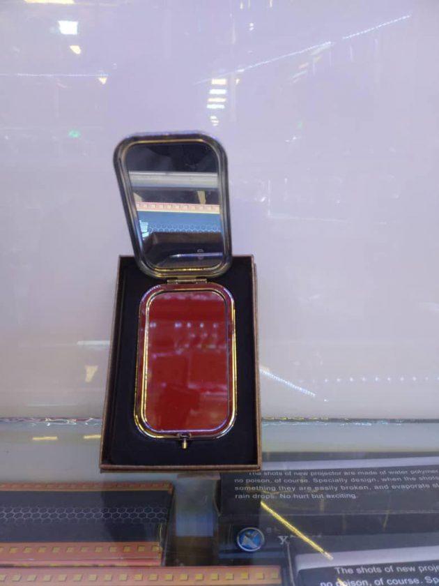 پخش عمده لوازم کادویی و تزیینی آیینه فلزی
